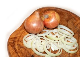 Hausmittel gegen Husten – Zwiebelsud